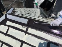 戸建住宅 リフォーム 塗装 横浜市 栄区 上塗り1回目 屋根 棟板金