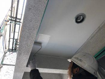 横浜市 住宅塗装 軒天 上塗り2回目