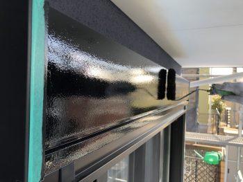リフォーム 塗り替え 上塗り2回目 シャッターボックス 日本ペイント シリコン樹脂塗料