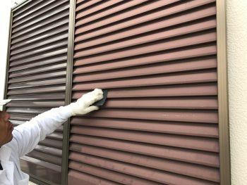 雨戸吹付塗装 横浜市 港南区 ケレン