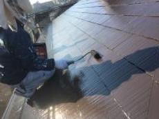 一戸建て 塗り替え 横浜市 リフォーム 屋根 塗装 遮熱塗料 上塗り2回目