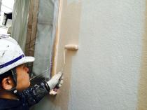 横浜市神奈川区H様邸ダイヤモンドコート外壁塗装上塗り1回目