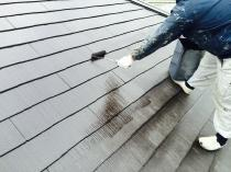 横浜市神奈川区H様邸サーモアイSI屋根塗装上塗り2回目