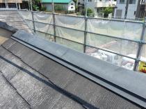 横浜市磯子区N様邸屋根棟板金塗装前
