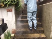 住宅 戸建 塗り替え 高圧洗浄 階段