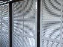 横浜市港南区T様邸雨戸塗替え施工後画像