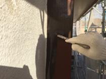 横浜市港南区T様邸窓枠塗装施工中