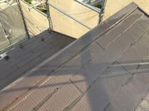 横浜市港南区T様邸屋根棟板金塗装前