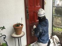 玄関 塗装 上塗り1回目 横浜市 港南区 リフォーム