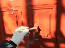 横浜市 港南区 玄関 塗り替え リフォーム 上塗り2回目
