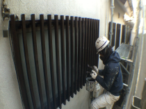住宅塗装 面格子 リフォーム 塗り替え 横浜市 港南区 上塗り2回目