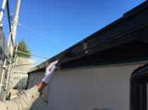 戸建 リフォーム シリコン 横浜 上塗り2回目 軒樋