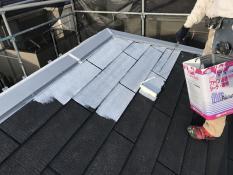 塗り替え 屋根 下塗り1回目 遮熱 人気 エコ 安全