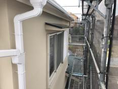 竪樋塗装 施工後 シリコン 日本ペイント 高耐候性 防藻 防カビ 人気