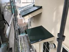 塗り替え リフォーム 港南区 戸建住宅 霧除け庇塗装 シリコン 施工後