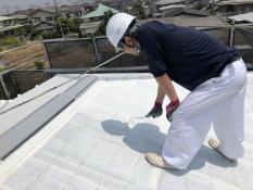 屋根塗装 下塗り2回目 遮熱塗料 口コミ 人気