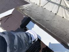 リフォーム 横浜市 棟板金 上塗り1回目 遮熱 日本ペイント