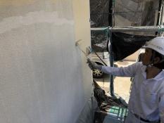 横浜市 日本ペイント インディフレッシュセラ 上塗り1回目 人気 口コミ 耐候性