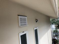 塗り替えリフォーム シリコン 換気ガラリ 施工後