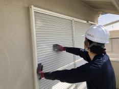 雨戸 塗り替え 塗膜 ケレン 横浜市 住宅塗装 港南区