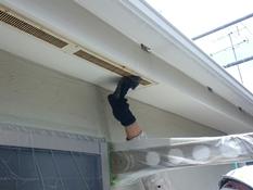住宅塗装 付帯部 軒天換気口 ケレン 錆 汚れ 劣化