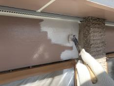 横浜市 幕板塗装 シリコン 上塗り1回目 防汚 人気 口コミ