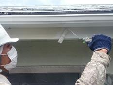 塗り替え 破風 上塗り1回目 日本ペイント シリコン