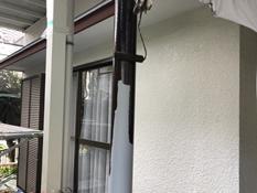 鉄柱塗装 シリコン 上塗り1回目 評判 日本ペイント 口コミ 特約店