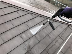 屋根塗装工事 施工前 高圧洗浄 汚れ 横浜市