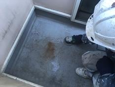 横浜市磯子区K様邸ベランダFRP防水保護塗装施工前