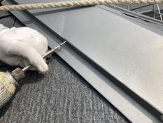 屋根塗装 棟板金 ビス交換
