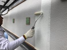 塗り替え 外壁 下塗り