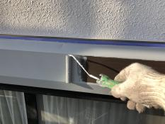シャッターボックス 錆止め塗装
