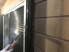 竪樋塗装 上塗り1回目