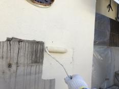 塀塗装 上塗り1回目