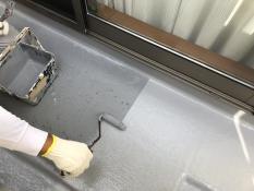 FRP防水保護塗装 上塗り1回目