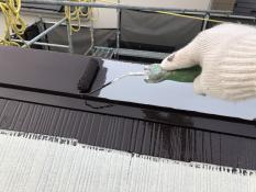 棟板金塗装 遮熱 上塗り1回目
