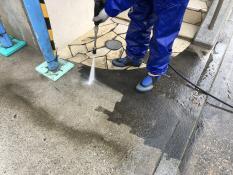 塗装工事 高圧洗浄 駐車場