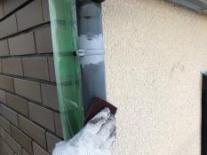 竪樋塗装 ケレン