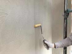 外壁塗り替え 下塗り