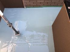 ベランダ ウレタン防水2層目