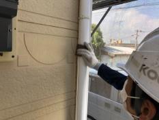 竪樋塗装ケレン