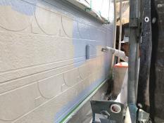 外壁上塗り1回目