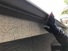 横浜市T様邸軒樋塗装ケレン