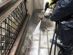 バルコニー高圧洗浄