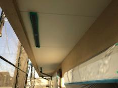 施工前 軒天塗装
