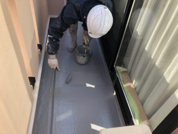 FRP防水保護塗装 上塗り2回目