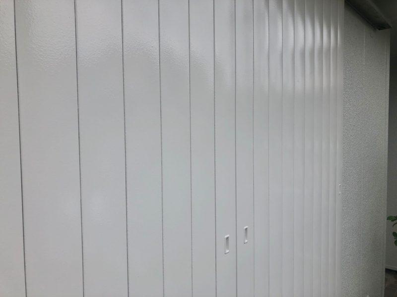 横浜市栄区N様邸雨戸塗り替え施工後