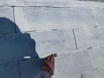 屋根塗装 タスペーサー挿入 縁切り