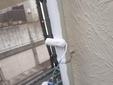 横浜市栄区K様邸雨樋塗装上塗り1回目